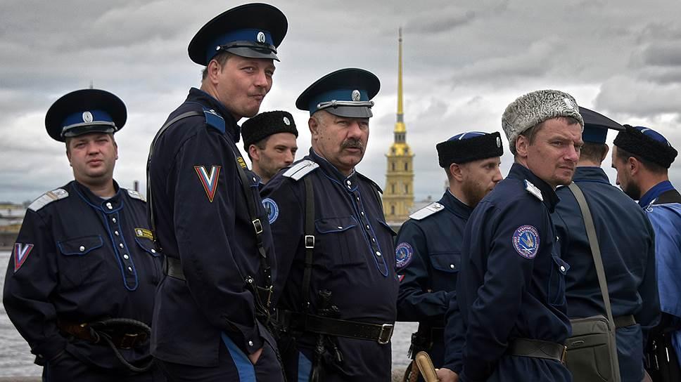Казачьи атаманы будут отчитываться о доходах и расходах наравне с чиновниками