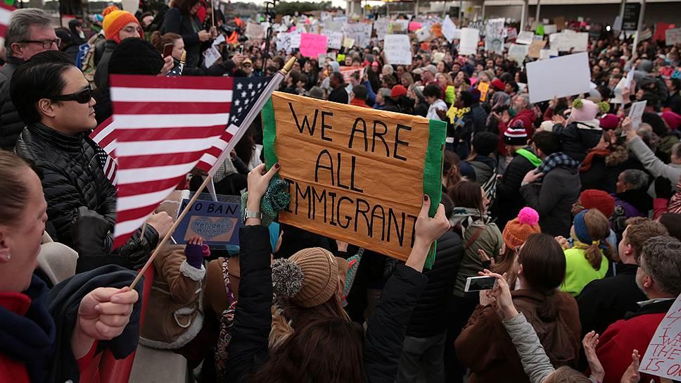 Как указ Дональда Трампа о беженцах расколол Америку