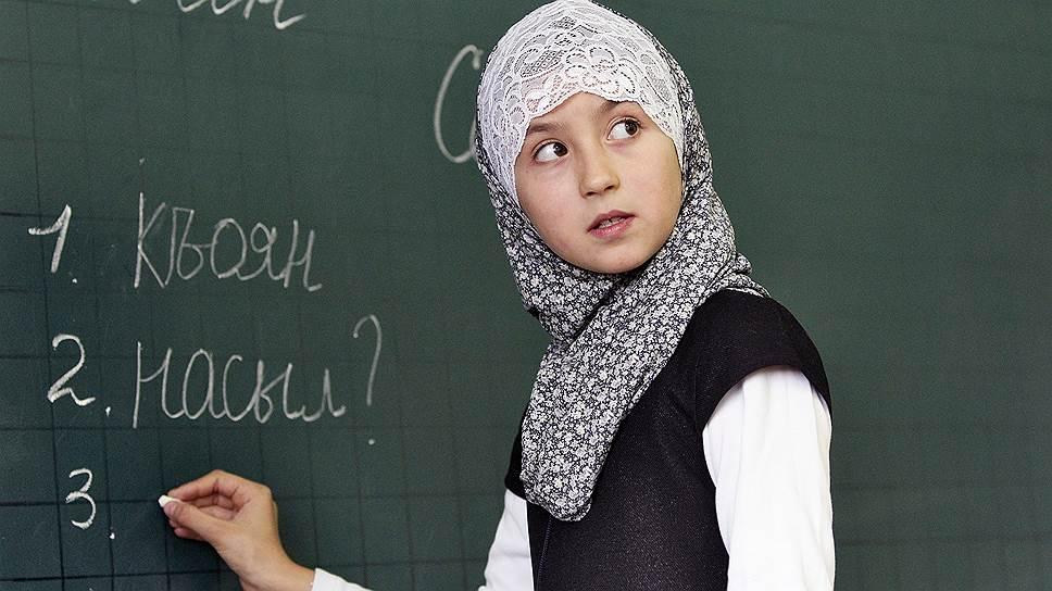 Почти половина россиян не возражает против хиджабов