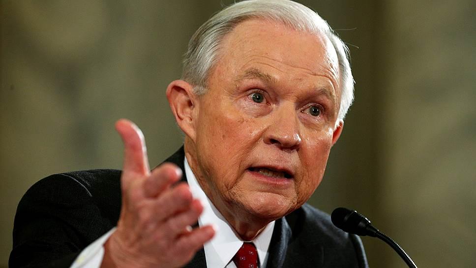 Как Джефф Сешенс был утвержден на посту генерального прокурора США