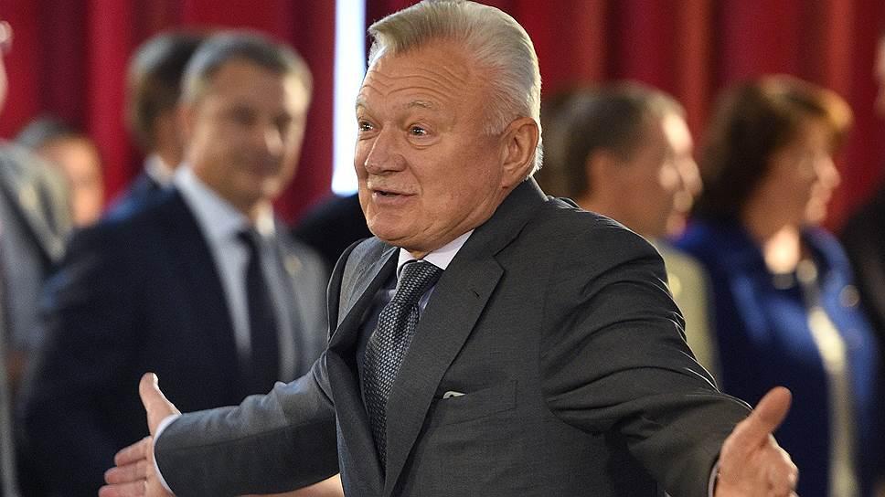 Как губернатор Рязанской области Олег Ковалев объявил о досрочном прекращении полномочий