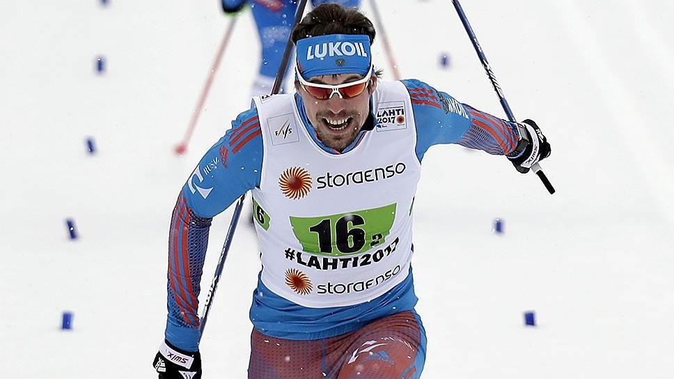 На счету Сергея Устюгова (на переднем плане) уже три медали чемпионата мира в Лахти — две золотые и одна серебряная