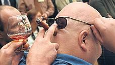 Табак приучают к алкоголю