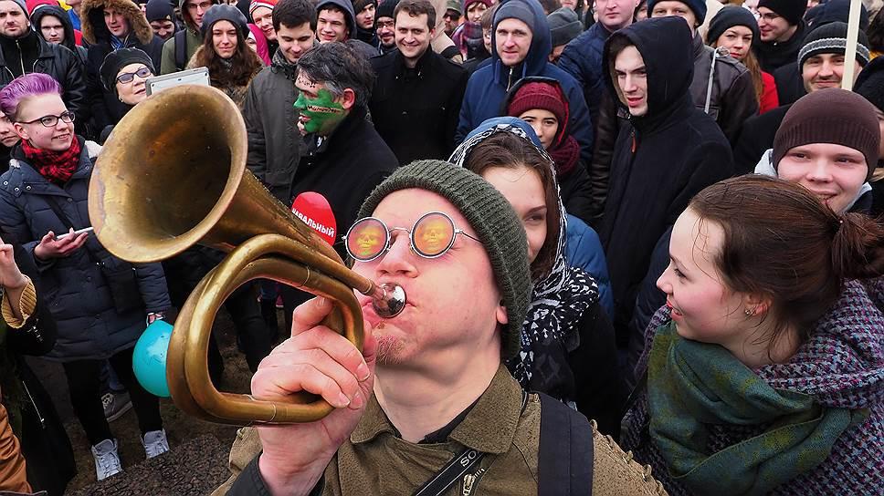 Как в Санкт-Петербурге прошел спонтанный марш