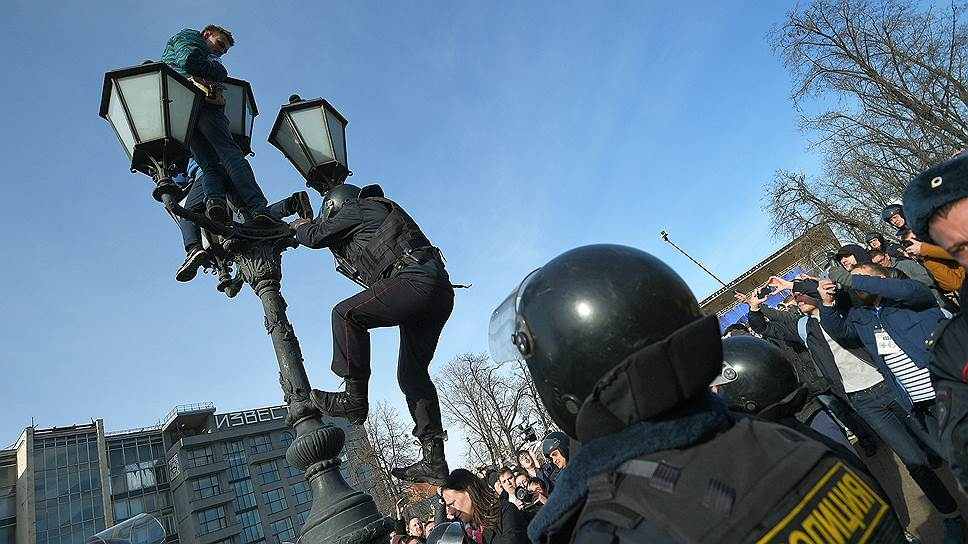 Что писали зарубежные СМИ об антикоррупционных митингах в России