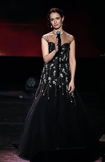 Актриса Валерия Ланская во время церемонии