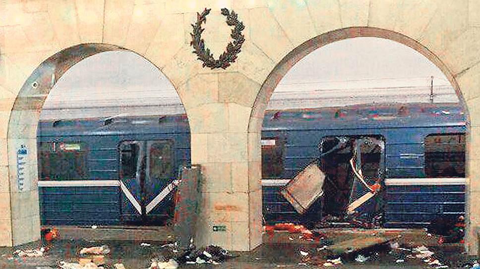 Теракт в Петербургском метро унес жизни 11 человек