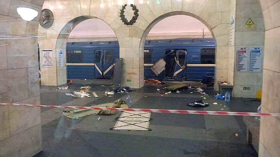 Что произошло в метро Санкт-Петербурга