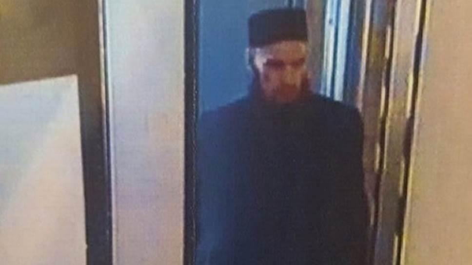 «Рен ТВ» и «Фонтанка» утверждают, что на опубликованном фото — предполагаемый преступник, устроивший взрыв
