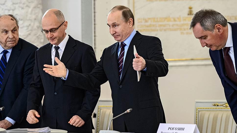 Владимир Путин поручил Сергею Кириенко разобраться в конфликте Андрея Чепурного и Франца Клинцевича