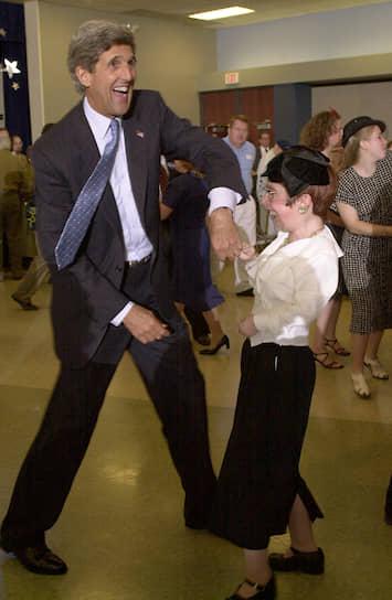 Бывший госсекретарь США Джон Керри на предвыборном мероприятии
