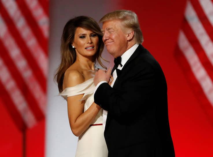 45-й президент США Дональд Трамп с женой Меланией на инаугурационном балу