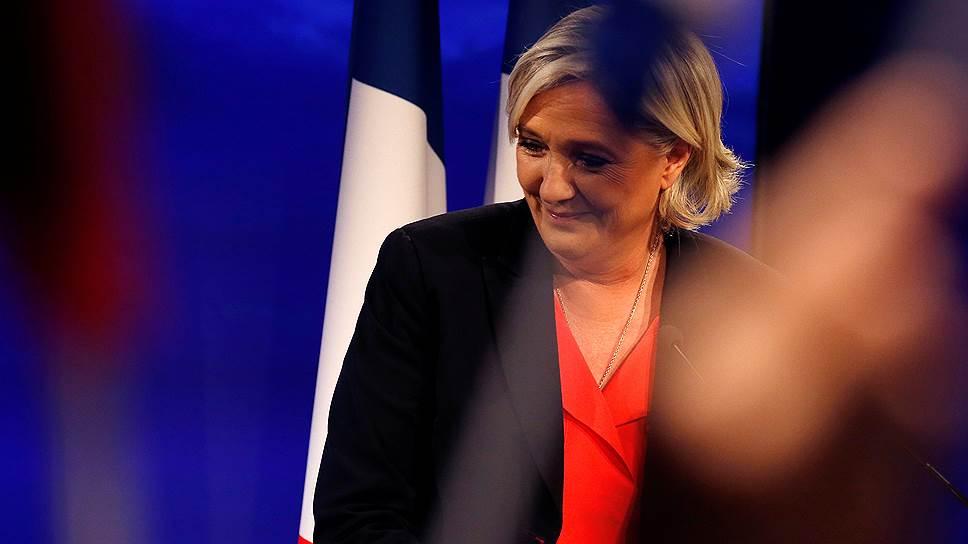Кандидат в президенты Франции, лидер «Национального фронта» Марин Ле Пен