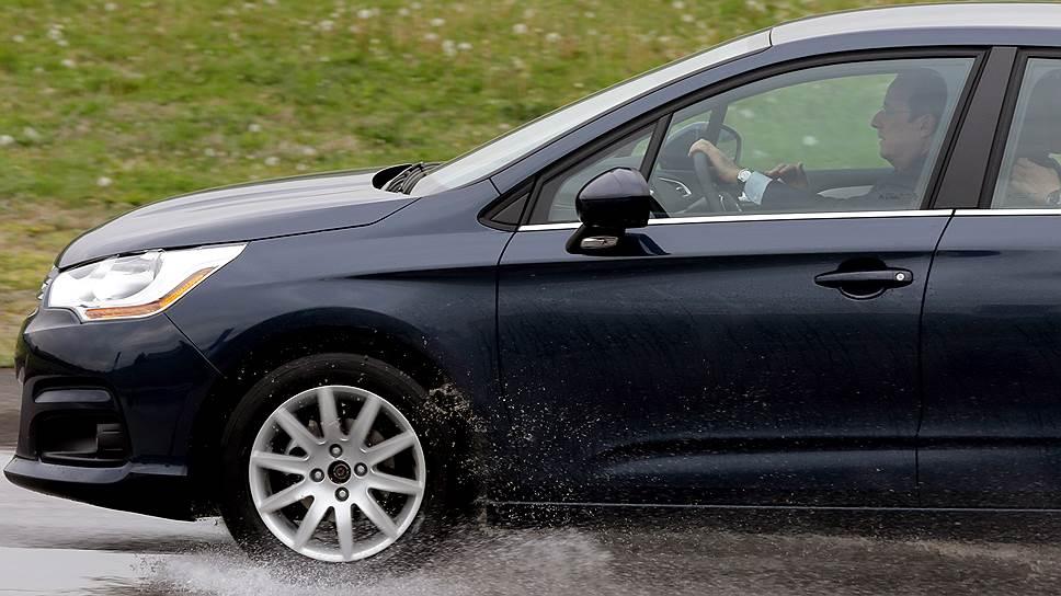 Франсуа Олланд за рулем Citroen