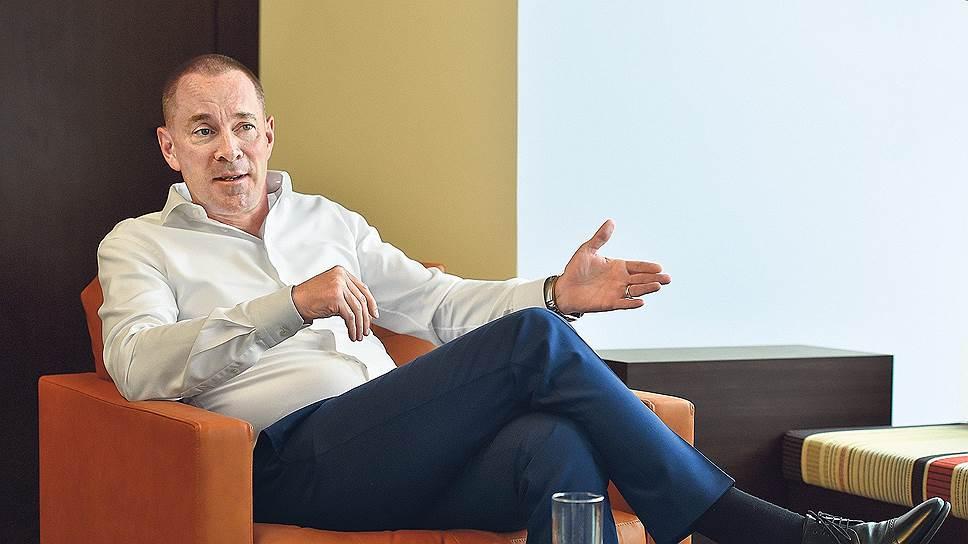 Гендиректор «JTI Россия» Дин Гилфиллан о новых вызовах для табачной отрасли
