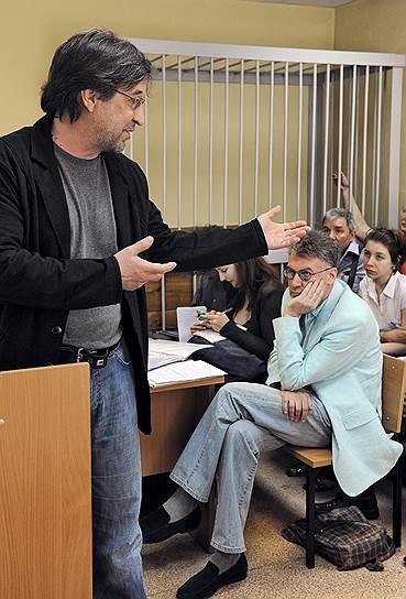 Юрий Шевчук — активный участник протестных митингов. Он ходил на «Марши Несогласных», выступал в защиту Химкинского леса, а в 2012 году принимал участие в митинге «За честные выборы» на Болотной площади