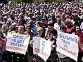 Генплан Севастополя обсудили на площади // Более 2,5 тысяч человек пришли на митинг против градостроительной политики правительства города
