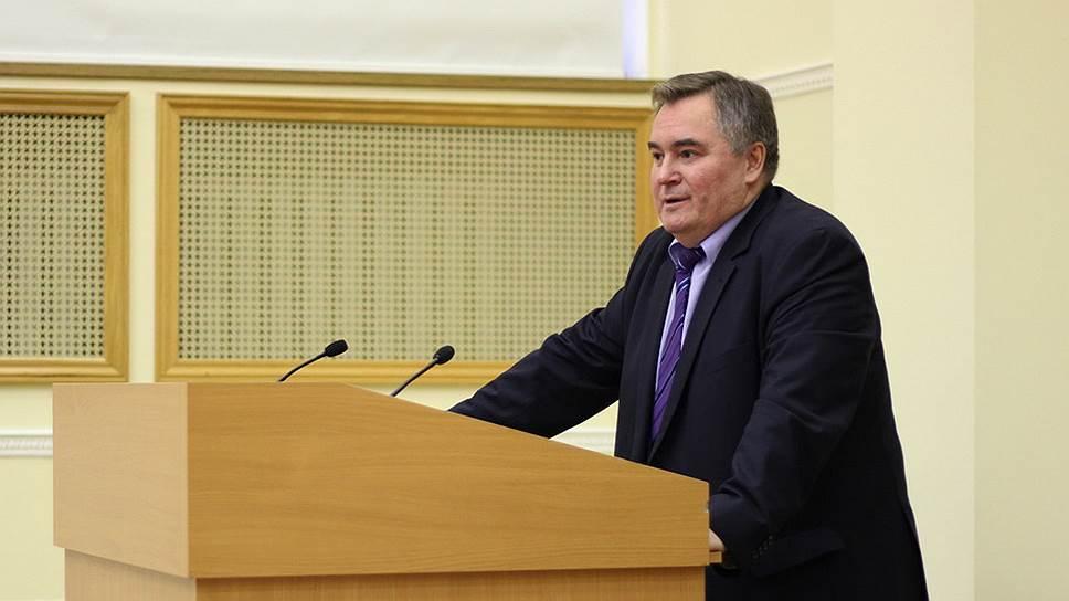Декан факультета политологии МГУ Андрей Шутов