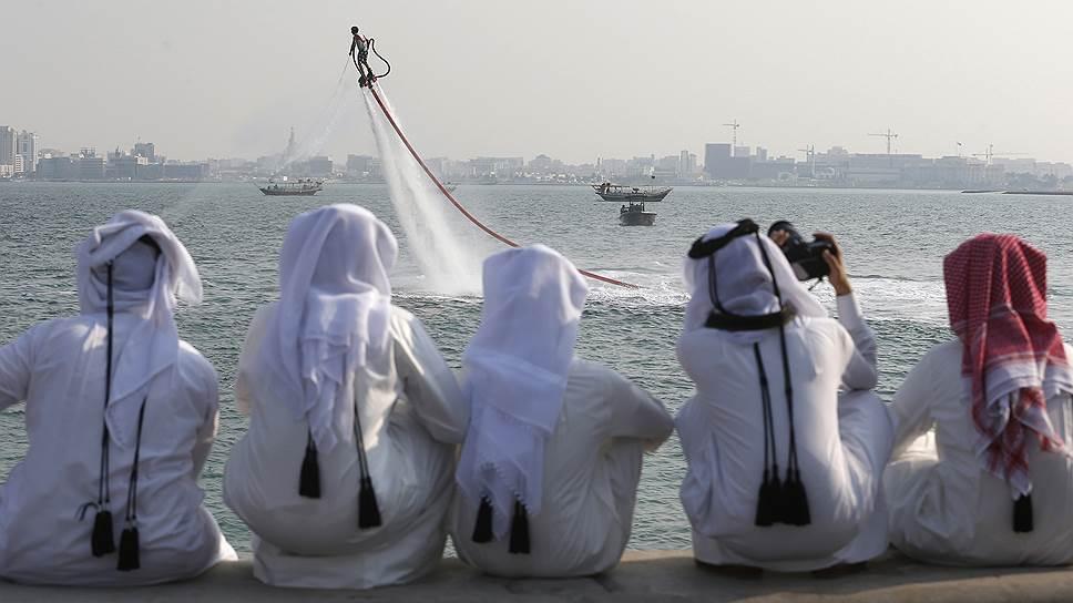 Как Катар отрезали от Аравийского полуострова