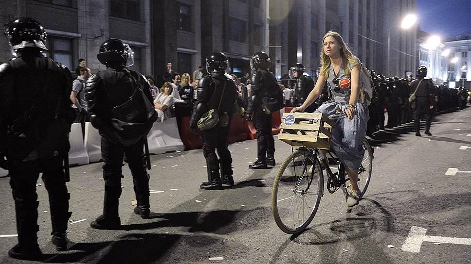 Государство замерило настроения молодежи после митингов