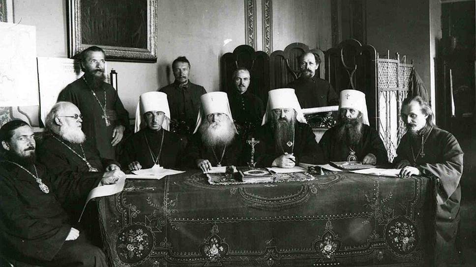 Допущение женатого епископата позволило Введенскому стать архиереем и членом обновленческого синода