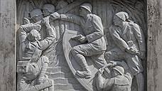«Античные» барельефы времен Муссолини весьма непросто отличить от сталинского ампира