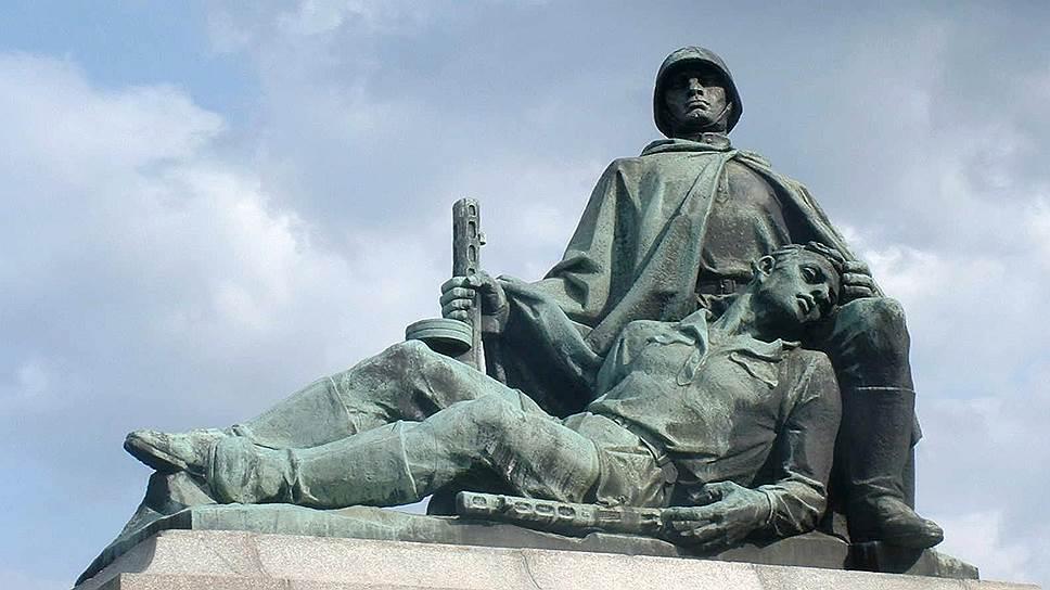 Польский Сейм принял закон о сносе памятников в честь Красной армии