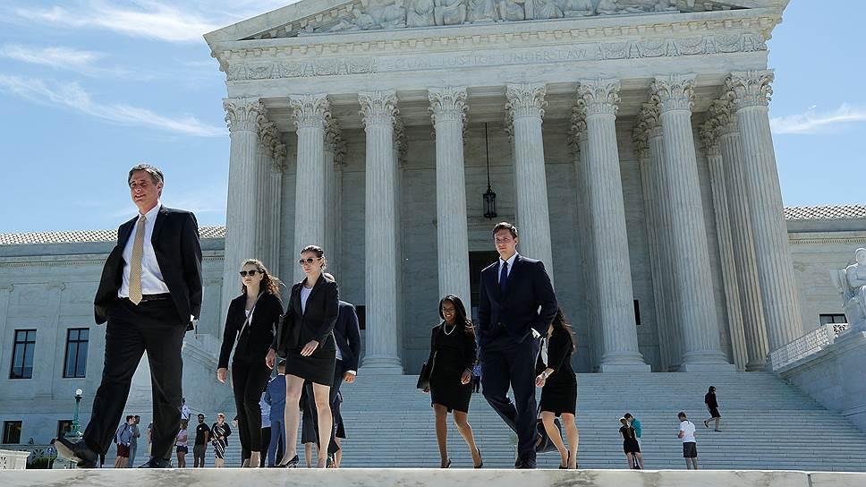 Почему американский суд частично разблокировал иммиграционный указ Дональда Трампа