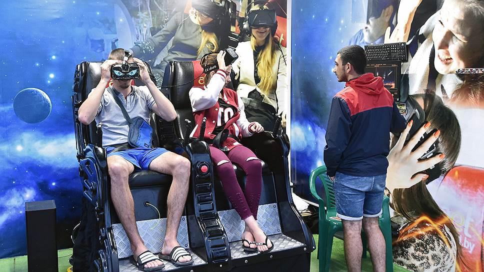 Виртуальная реальность — один из самых доступных местных аттракционов