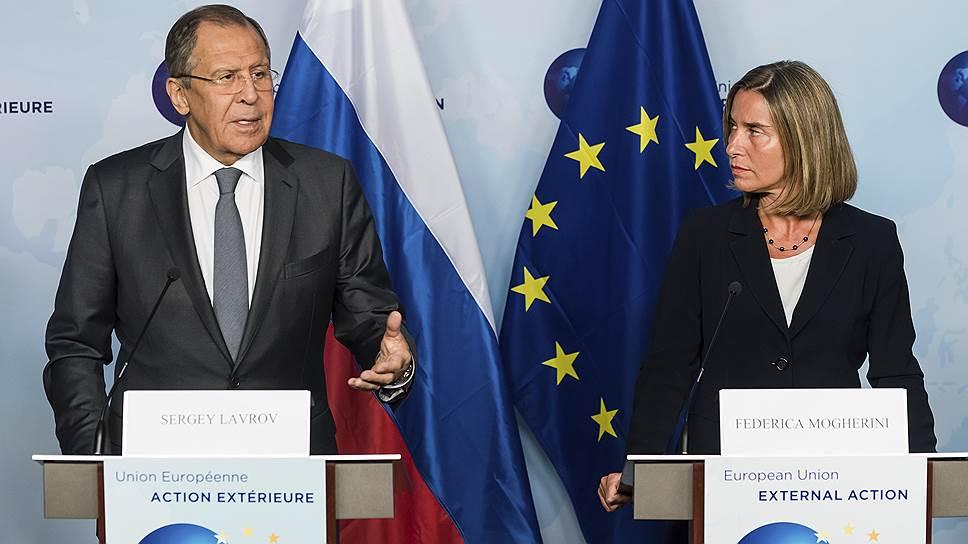 Как Сергей Лавров и Федерика Могерини встретились в Брюсселе