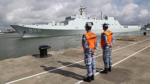 Китай создает первую зарубежную военную базу // Корабли с китайскими военными направились в Джибути