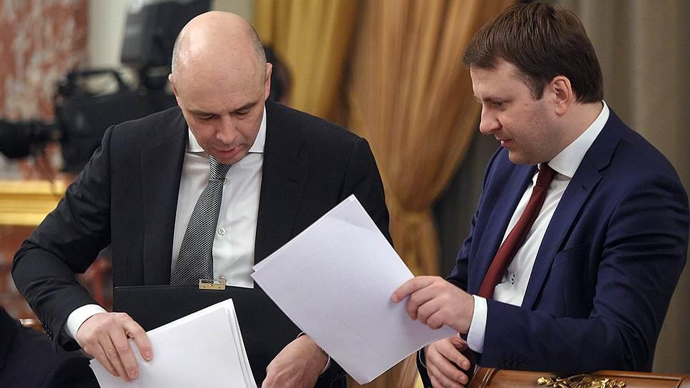 Российские министры Антон Силуанов и Максим Орешкин сочли, что сильный рубль вредит экспорту и экономическому росту в 2017 году