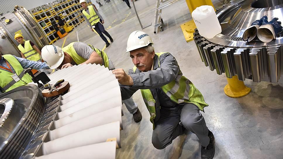 Siemens может выйти из двух проектов в России