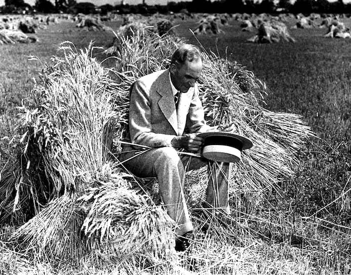 Американский промышленник, владелец заводов по производству автомобилей по всему миру, изобретатель, автор 161 патента США Генри Форд