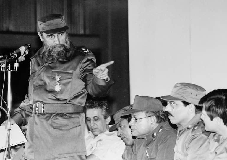Председатель Совета министров Кубы в 1959-2008 годах Фидель Кастро