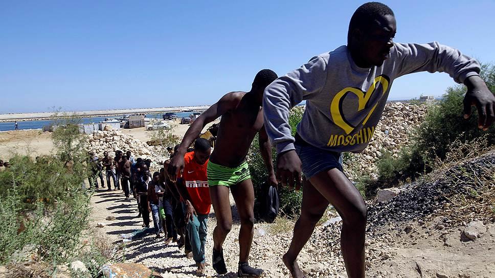 Почему Италии не хватает европейской поддержки в приеме мигрантов