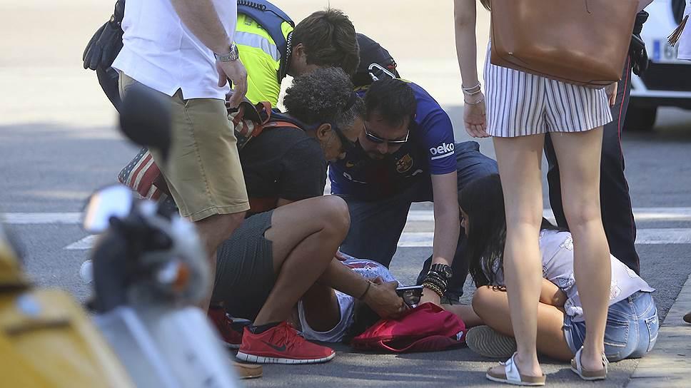 """Онлайн-трансляция """"Ъ"""": как произошел теракт в Барселоне"""