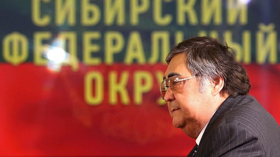Как Аману Тулеев удается сохранять пост главы Кемеровской области