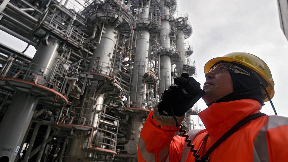 Как Total помогает добывать нефть в России