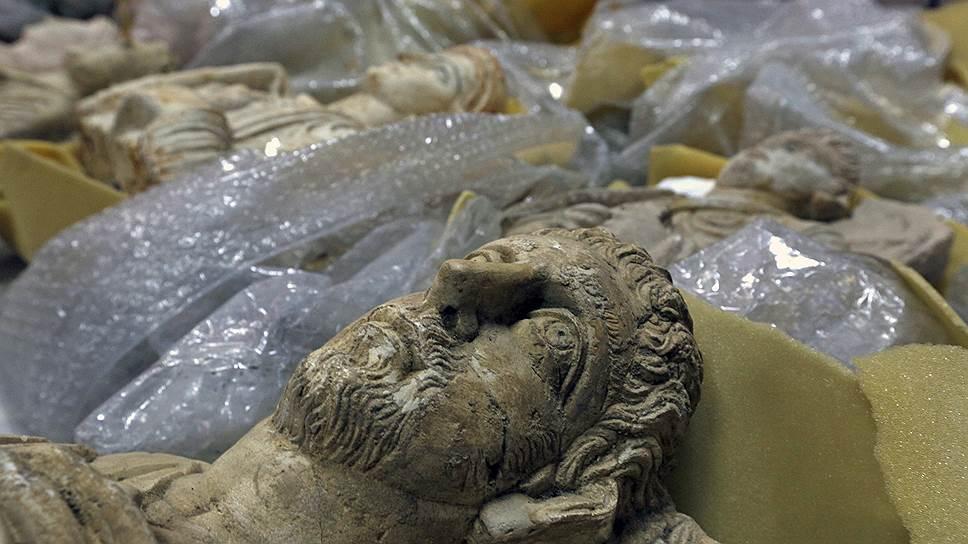 Как древности попадают от террористов к коллекционерам