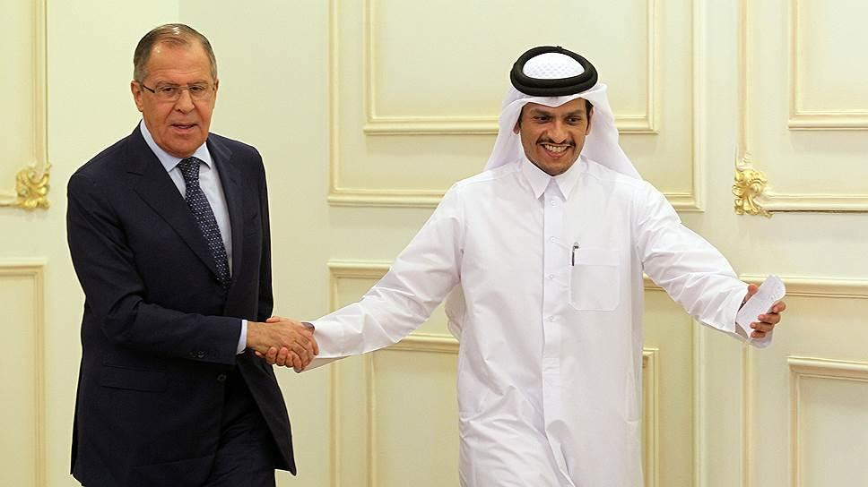 Глава МИД РФ Сергей Лавров и глава МИД Катара, шейх Мухаммед бен Абдель-Рахман аль-Тани