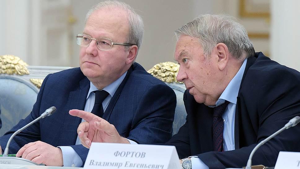 Почему академика Алексея Хохлова не допустили на выборы президента РАН