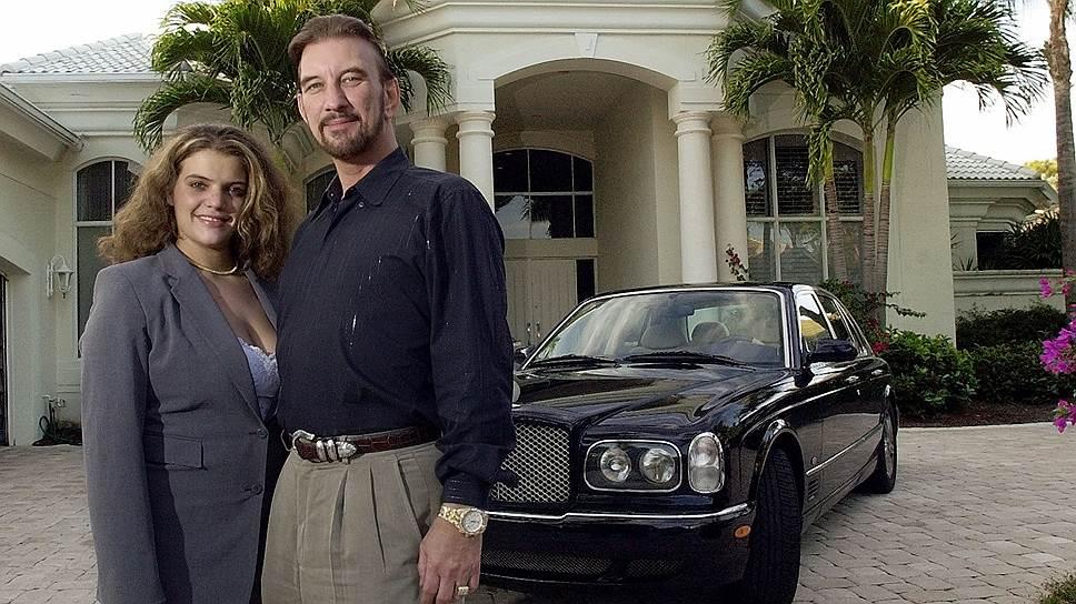 Дэвид Эдвардс и его подруга Шона сумели за пять лет потратить $27 млн, оставшись нищими и бездомными