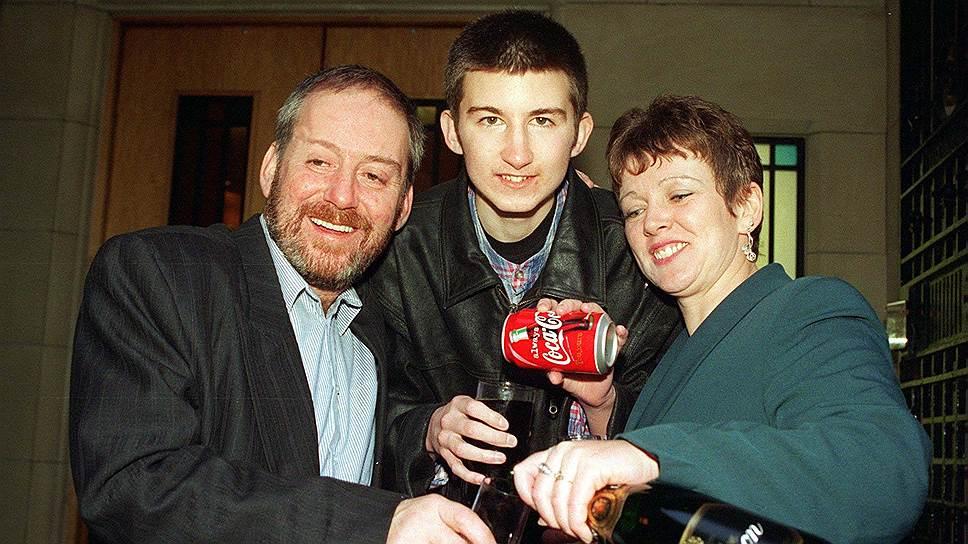 Свой выигрыш в лотерею Стюарт Доннелли отмечал безалкогольно. Его смерть была последствием употребления алкоголя