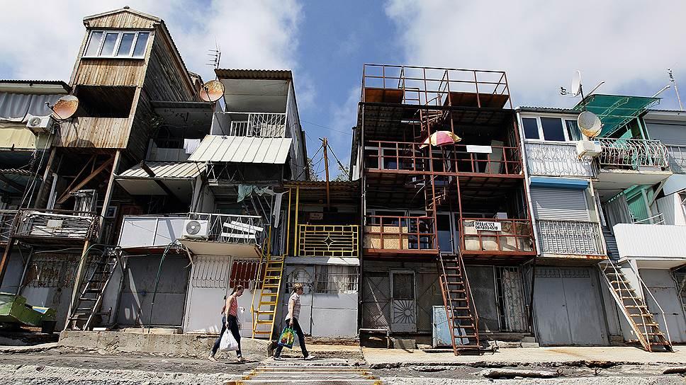 Дешевая недвижимость в Крыму — это, по сути, бараки