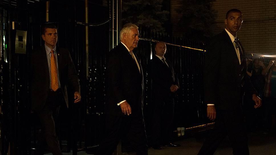 В постпредстве РФ при ООН за закрытыми дверями Сергей Лавров обсудил с госсекретарем США Рексом Тиллерсоном (на фото) Сирию и Украину
