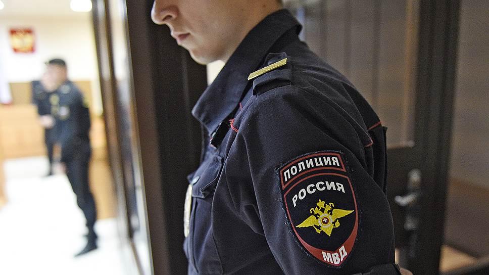 Почему был задержан Александр Есин