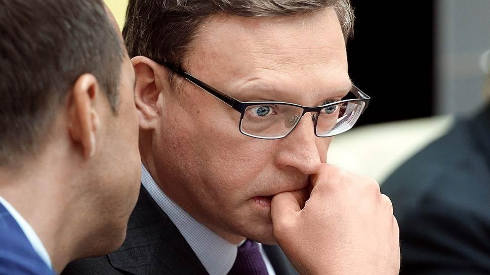 Как Александр Бурков сменил Виктора Назарова на посту губернатора