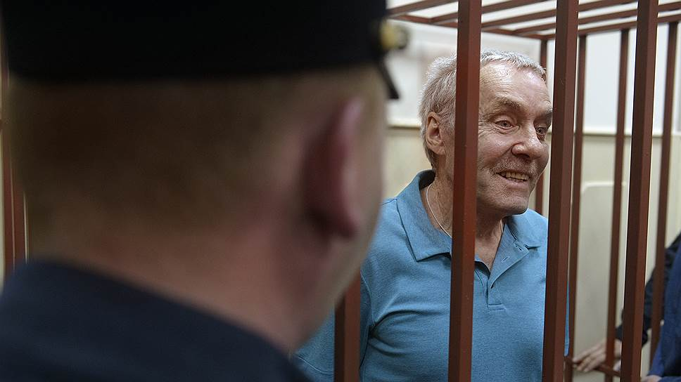 Почему Мосгорсуд оставил Виктора Захарченко без пенсионных накоплений
