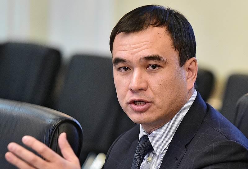 Бывший глава иркутского отделения МГЕР Сергей Тен в декабре 2011 года был избран депутатом Госдумы от партии «Единая Россия». Был переизбран в сентябре 2016 года. Является членом комитета по транспорту и строительству